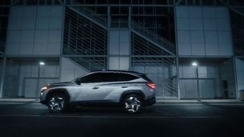 2022 Hyundai Tucson TV Spot, 'Question Everything: We Did' Song by Zayde Wølf [T1] - Thumbnail 9