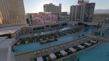 Circa Resort & Casino TV Spot, 'Stadium Swim' - Thumbnail 6