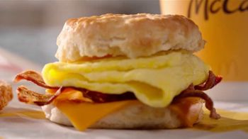 McDonald's Bacon, Egg & Cheese Biscuit TV Spot, 'A Texan's Breakfast Story' - Thumbnail 7