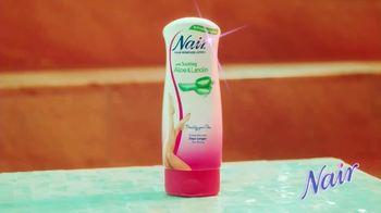 Nair Hair Remover Lotion TV Spot, 'Lightning Thighs' - Thumbnail 10