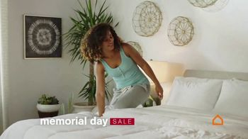 Ashley HomeStore Memorial Day Sale TV Spot, 'Sealy Mattresses' - Thumbnail 6