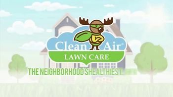 Clean Air Lawn Care TV Spot, 'Healthiest Lawn in the Neighborhood' - Thumbnail 8