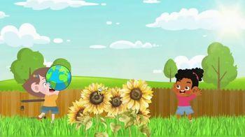 Clean Air Lawn Care TV Spot, 'Healthiest Lawn in the Neighborhood' - Thumbnail 4