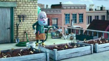 Cadbury Caramello TV Spot, 'Gardening' - Thumbnail 1