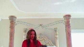 BelleBody Royal TV Spot, 'King and Queen' - Thumbnail 8
