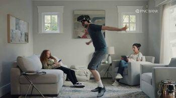 PNC Bank Virtual Wallet TV Spot, 'VR Goggles: Low Cash Mode' - Thumbnail 1