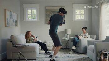 PNC Bank Virtual Wallet TV Spot, 'VR Goggles: Low Cash Mode' - Thumbnail 2
