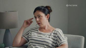 PNC Bank Virtual Wallet TV Spot, 'VR Goggles: Low Cash Mode' - Thumbnail 6