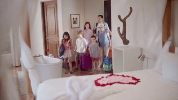 Travelocity TV Spot, 'Cabaña romántica' [Spanish]