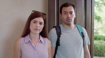 Travelocity TV Spot, 'Romantic Cabana'