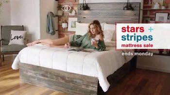 Ashley HomeStore Stars + Stripes Mattress Sale TV Spot, 'Save Up to $800' - Thumbnail 1