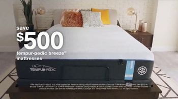 Ashley HomeStore Stars + Stripes Mattress Sale TV Spot, 'Save Up to $800' - Thumbnail 4
