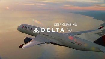 Delta Air Lines TV Spot, 'Even More Reasons: Loyalty Rewards' - Thumbnail 7