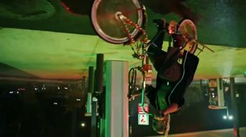 7-Eleven TV Spot, 'Take It to Eleven While Sippin' a Big Gulp: New Flavors' Song by Marlowe - Thumbnail 5