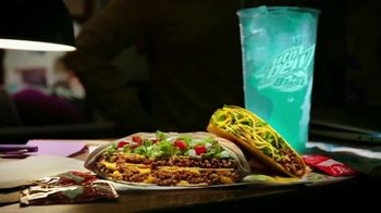 Taco Bell $5 Grande Crunchwrap Meal TV Spot, 'It Better Be Grande' - Thumbnail 4