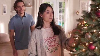 Hallmark TV Spot, 'Christmas in July'