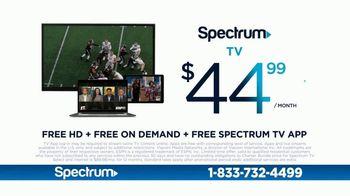 Spectrum TV Spot, 'Big and Small' - Thumbnail 5