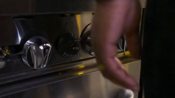 Made In Cookware TV Spot, 'The Best Chefs Are Using Made In' Ft. Matt Horn, Tom Colicchio, Grant Achatz - Thumbnail 1
