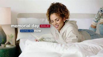 Ashley HomeStore Memorial Day Mattress Sale TV Spot, '35% Off Adjustable Bases, Zero Interest' - Thumbnail 3