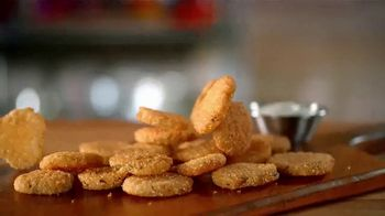 Zaxby's Fried Pickles TV Spot, 'When Life Gives You Cucumbers' - Thumbnail 2