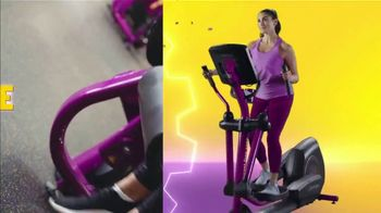Planet Fitness TV Spot, 'Super Free: One Time Deal: First Month Free: Extended' Song by Rick James - Thumbnail 3