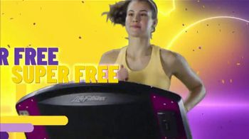 Planet Fitness TV Spot, 'Super Free: One Time Deal: First Month Free: Extended' Song by Rick James - Thumbnail 6