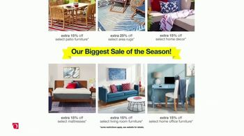 Overstock.com Memorial Day Blowout TV Spot, 'Christopher Knight Patio Furniture Savings and Free Shipping' - Thumbnail 4