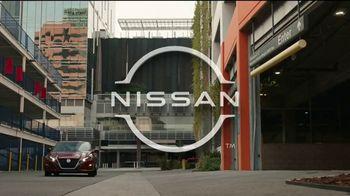 2021 Nissan Altima TV Spot, 'Estacionamiento' canción de John Rowcroft, Tarek Modi [Spanish] [T2] - Thumbnail 1