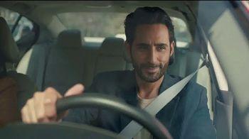 2021 Nissan Altima TV Spot, 'Estacionamiento' canción de John Rowcroft, Tarek Modi [Spanish] [T2] - Thumbnail 4