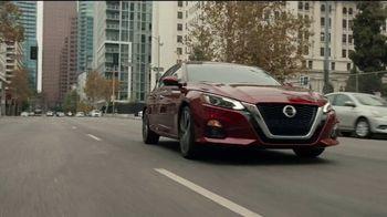 2021 Nissan Altima TV Spot, 'Estacionamiento' canción de John Rowcroft, Tarek Modi [Spanish] [T2] - Thumbnail 8