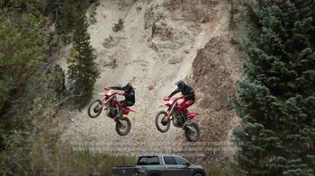 Honda TV Spot, 'Capaces de asombrar: Ridgeline' canción de Vampire Weekend [Spanish] [T2] - Thumbnail 5