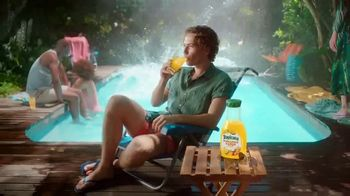 Tropicana TV Spot, 'Sunny Moment's Song by The Hot Damns - Thumbnail 5