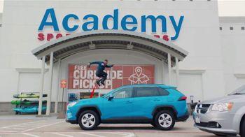 Academy Sports + Outdoors TV Spot, 'Don't Miss Kickoff' - Thumbnail 7