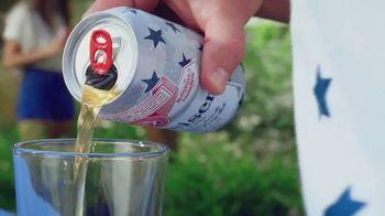 Budweiser TV Spot, 'Memorial Day: Summer Patriotic Cans' - Thumbnail 6