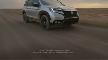 Honda TV Spot, 'Every Road Has Its Challenges: Passport, Pilot, CR-V' Song by Vampire Weekend [T1] - Thumbnail 8