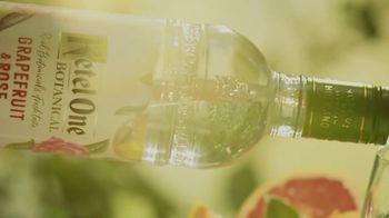 Ketel One Botanical Spritz TV Spot, 'Taste the Summer: Vodka Spritz'