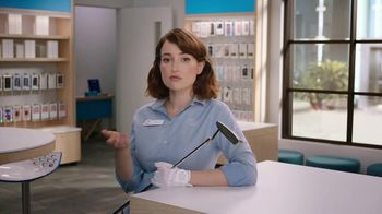 AT&T Wireless 5G TV Spot, 'Putter' - 10 commercial airings