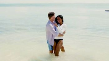 Tommy Bahama TV Spot, 'Summer Your Way' Song by Dylan Joseph - Thumbnail 5