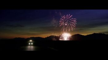 Jeep TV Spot, 'Make This the Summer: Discover' Song by Imagine Dragons [T1] - Thumbnail 6