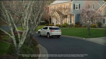Chevrolet Open Road TV Spot, 'Family of SUVs: Drive Safe' Song by Shane Alexander [T2] - Thumbnail 4