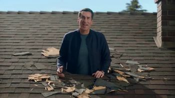 Veterans United Home Loans TV Spot, 'Through the Roof Reviews with Rob Riggle and Ariel' - Thumbnail 4