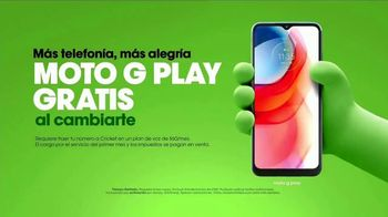 Cricket Wireless TV Spot, 'Esteban: Moto G Play' [Spanish] - Thumbnail 8