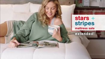 Ashley HomeStore Stars + Stripes Mattress Sale TV Spot, 'Extended: 0% Interest and Rewards Card' - Thumbnail 2