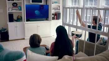 GEICO TV Spot, 'Discovery Channel: Shark Week: Get Yourself a Cage' - Thumbnail 10