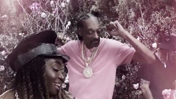 19 Crimes Cali Rosé TV Spot, 'Pinkies Up' Featuring Snoop Dogg - Thumbnail 3