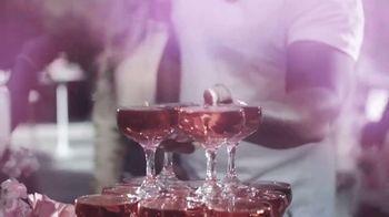 19 Crimes Cali Rosé TV Spot, 'Pinkies Up' Featuring Snoop Dogg - Thumbnail 6