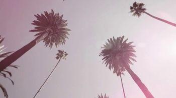 19 Crimes Cali Rosé TV Spot, 'Pinkies Up' Featuring Snoop Dogg - Thumbnail 7