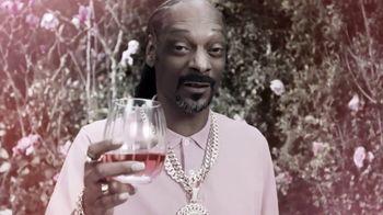 19 Crimes Cali Rosé TV Spot, 'Pinkies Up' Featuring Snoop Dogg - Thumbnail 9