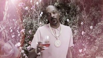 19 Crimes Cali Rosé TV Spot, 'Pinkies Up' Featuring Snoop Dogg