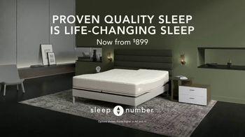 Sleep Number TV Spot, 'Sleep Smarter and Play Better' Featuring Zach and Julie Ertz - Thumbnail 10